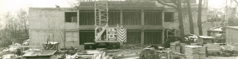 The rehearsal hall (also Festival restaurant in the summer) is beeing built, 1971.